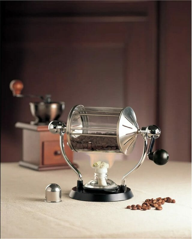 コーヒーの苦みをしっかり味わうには深煎りがおすすめ