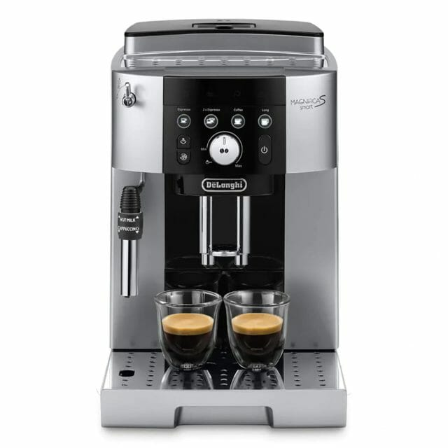 自宅で手軽に本格的なコーヒーを!全自動コーヒーマシン「マグニフィカS スマート」