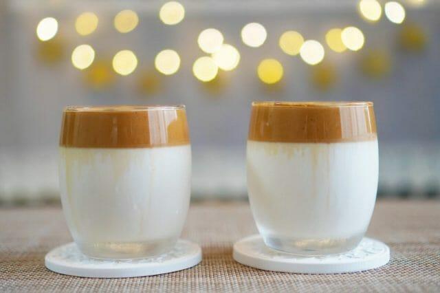 変わり種コーヒー。話題のダルゴナコーヒーのアイデアの発祥は?