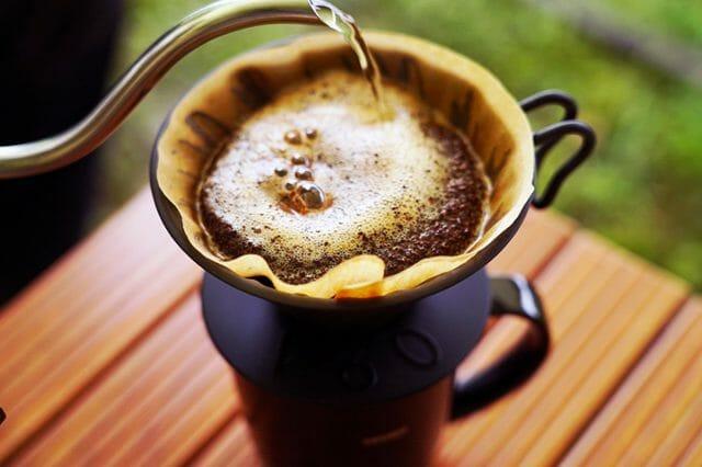 ソロキャンプで便利なコーヒーケトルの選び方