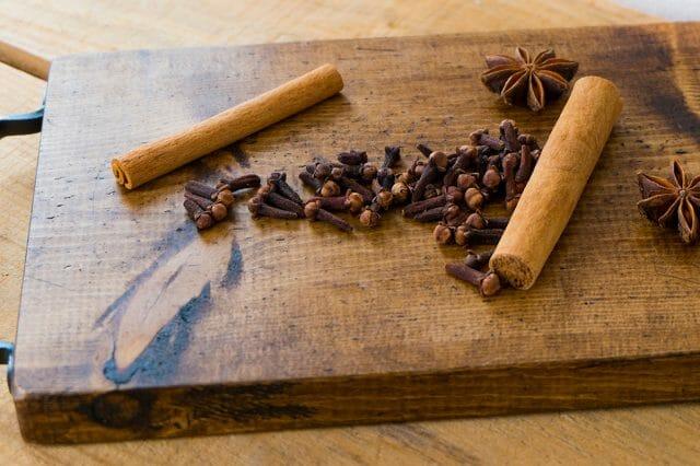 女性が喜ぶシナモンコーヒーの効果や効能とは